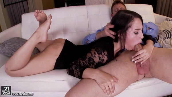 Glamorous brunette is trying to satisfy guy's legs