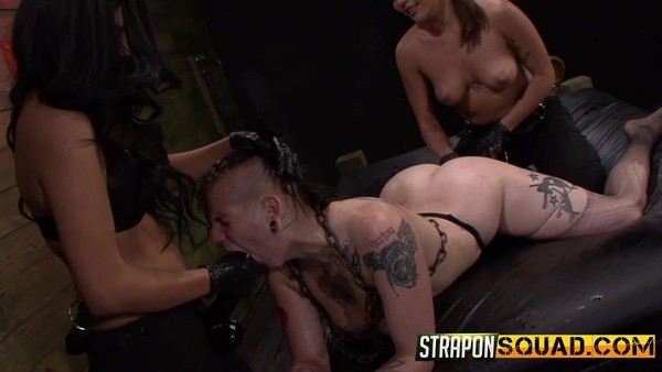 Two strict bitches gave tattooed brunette BDSM fuck