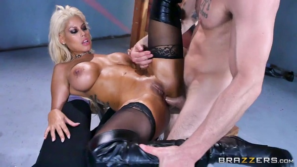 Blonde Bridgette B gets strong penis in sexy ass