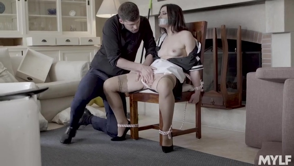 Tied up a delicious housekeeper and fucked her in a chair